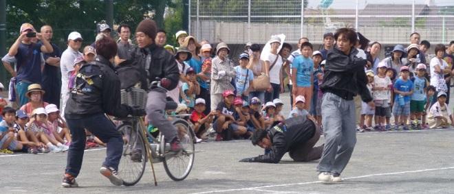 自転車の 自転車 歩道 走行 ルール : 自転車交通安全教室 in 村岡 ...